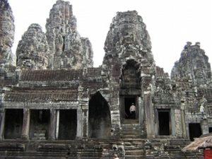 パプーオンという小さな寺院